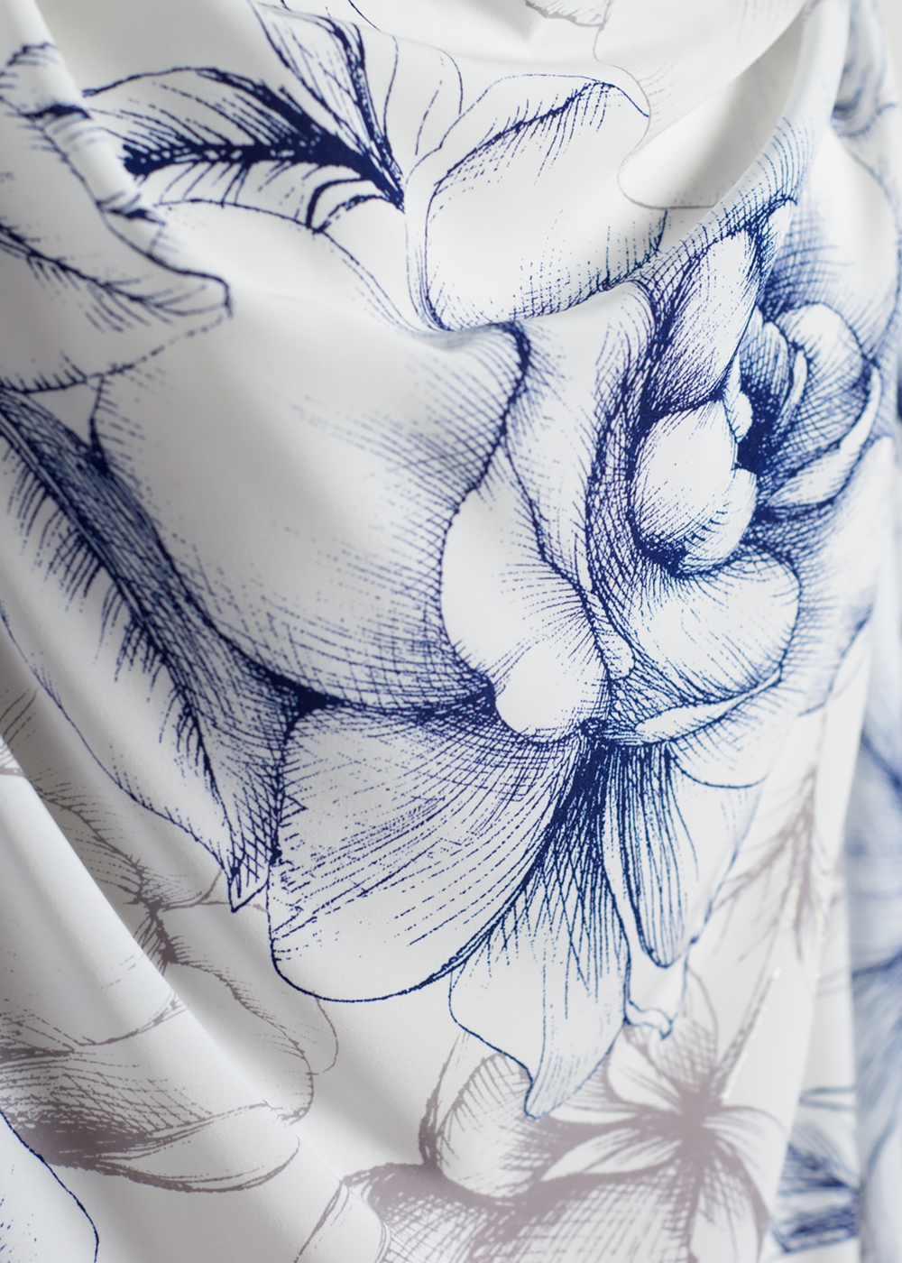 かりゆしウェア(沖縄版アロハシャツ) MAJUN - エレガンスフラワー(チュニック)