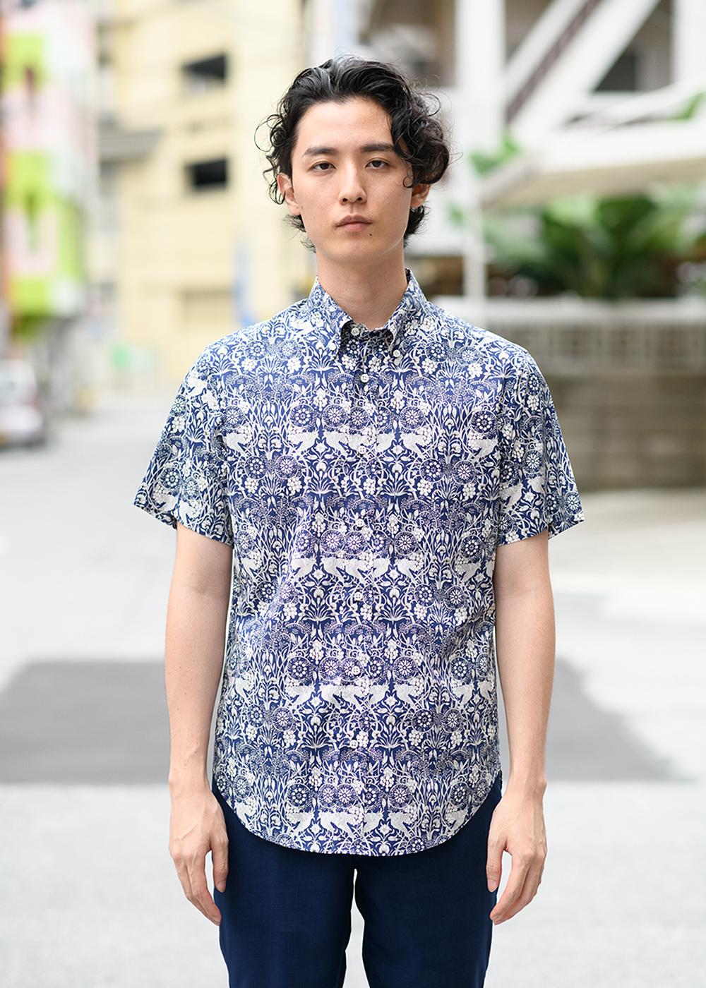 かりゆしウェア(沖縄版アロハシャツ) MAJUN - ジャックス・リュウキュウ・フローラル