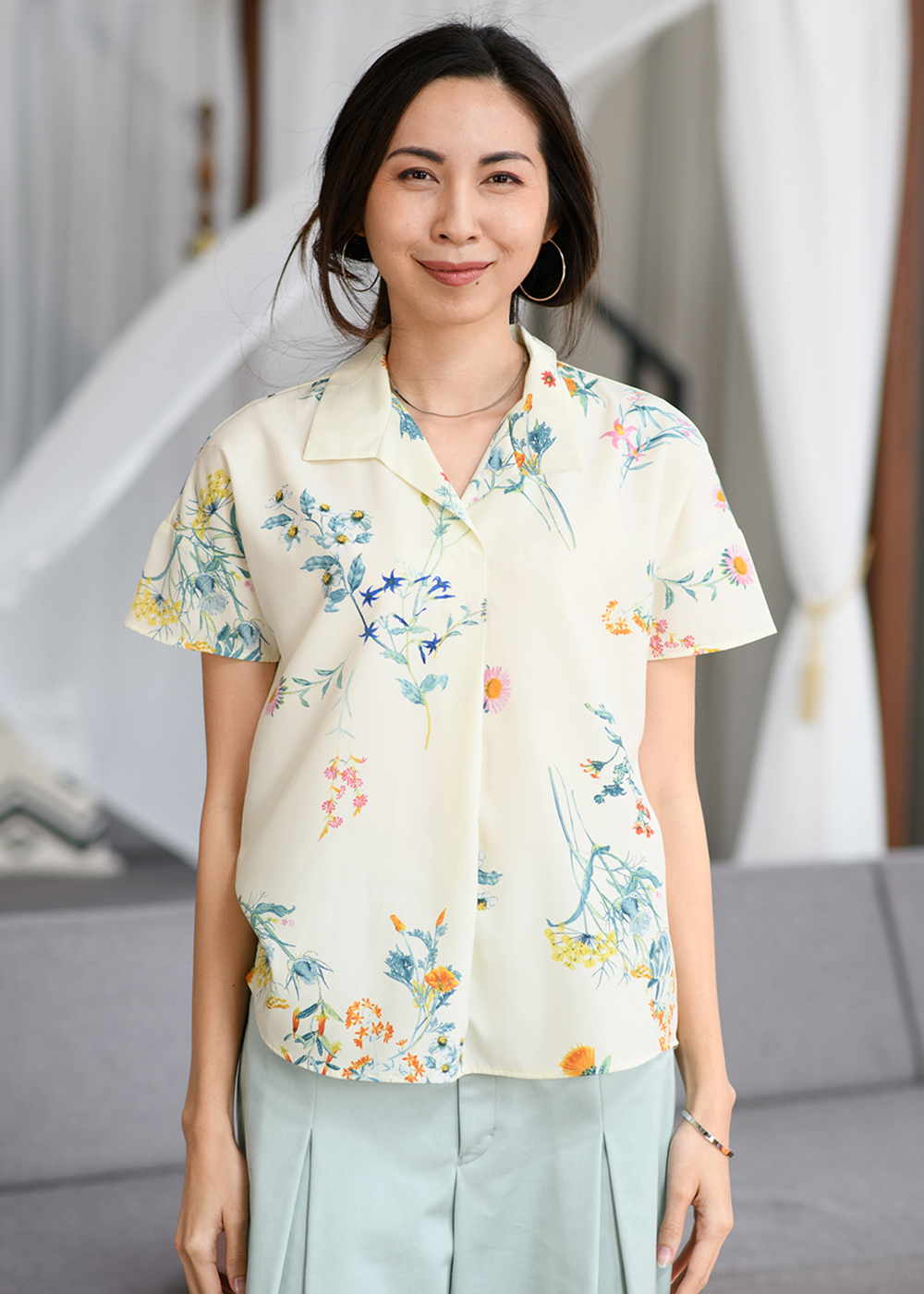 かりゆしウェア(沖縄版アロハシャツ) MAJUN - カラフルボタニカル