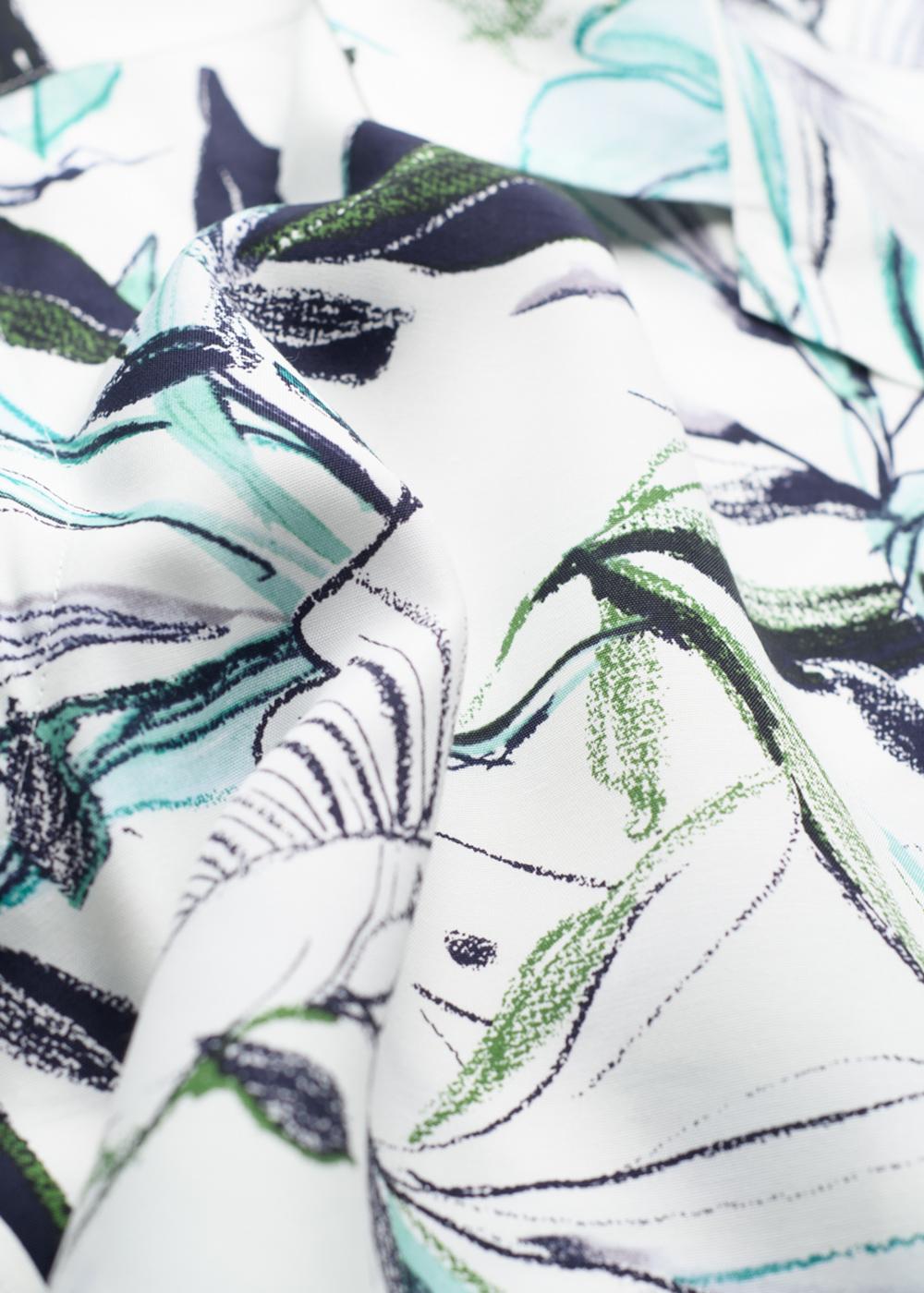 かりゆしウェア(沖縄版アロハシャツ) MAJUN - ウォーターカラーリーフ