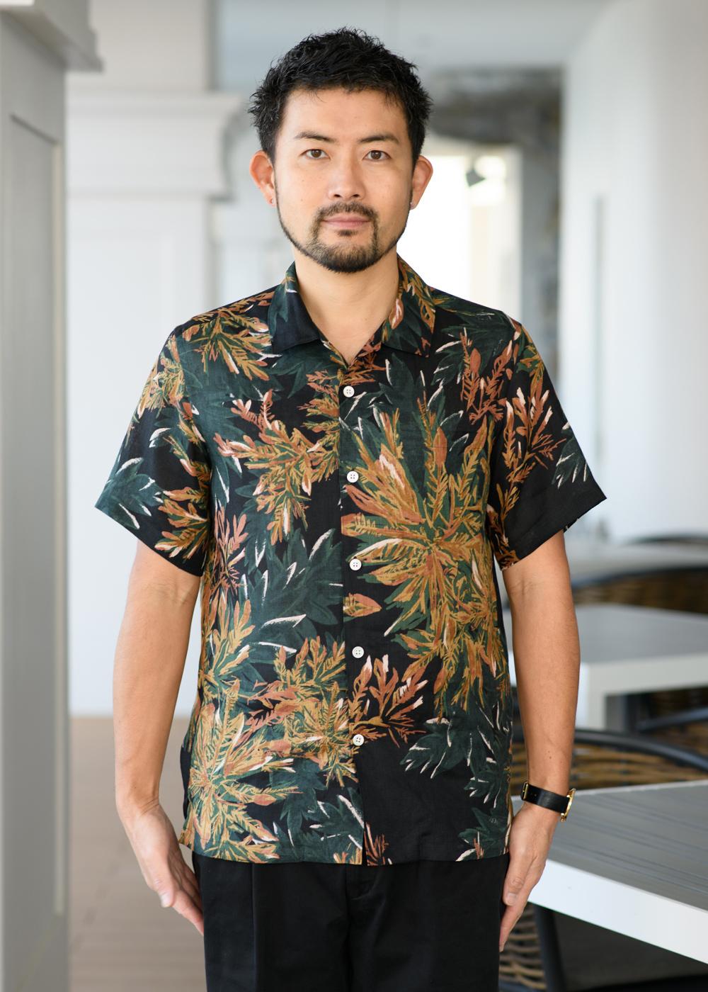 かりゆしウェア(沖縄版アロハシャツ) MAJUN - クロトンフレイム
