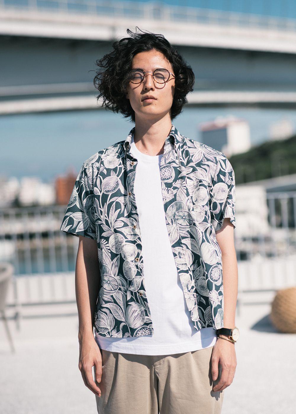 かりゆしウェア(沖縄版アロハシャツ) MAJUN - クラッシーフルーツ
